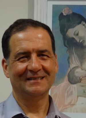 Luis Ruiz - Luis-Consulta-6-2013-999x999-300x410